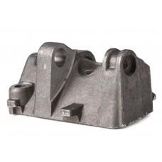 Кронштейн генератора нижний ВАЗ-2112