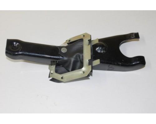 Вилка сцепления ГАЗ-2410 с пружиной ТРИД