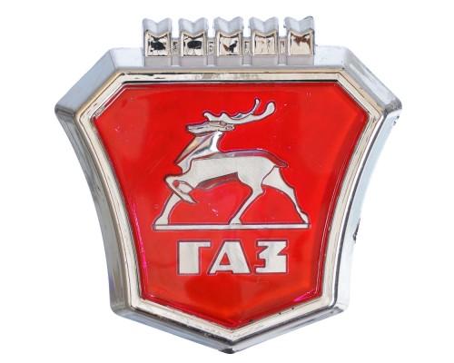 Знак заводской облицовки радиат. ГАЗ-2410 красный